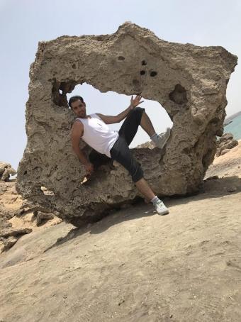 Isar, 35, Iran