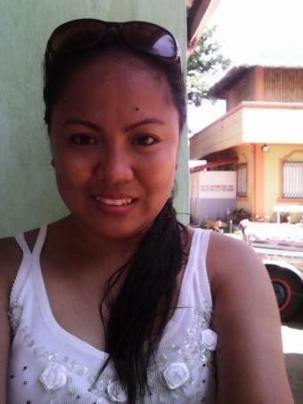 Alhondra , 30, Philippines