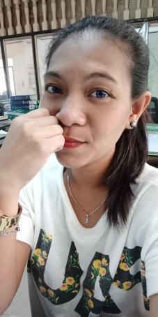 Jenieveve Posada, 29, Philippines