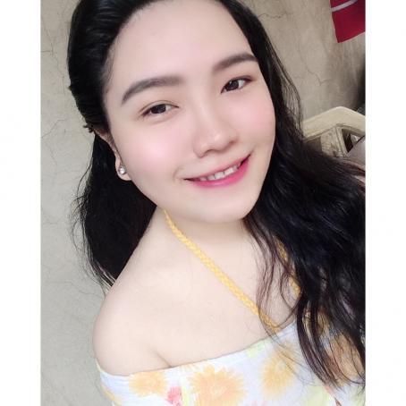 Mary, 24, Philippines