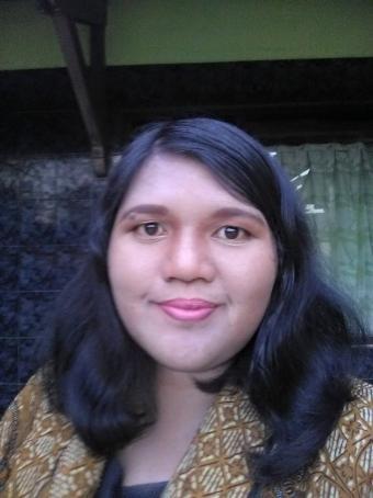 Elisa, 29, Indonesia
