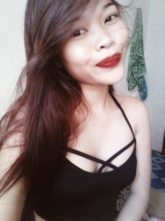 Nana Ejdilaw, 19, Philippines