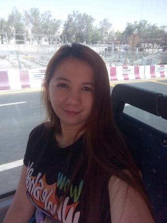 Thereh Mia, 32, Philippines