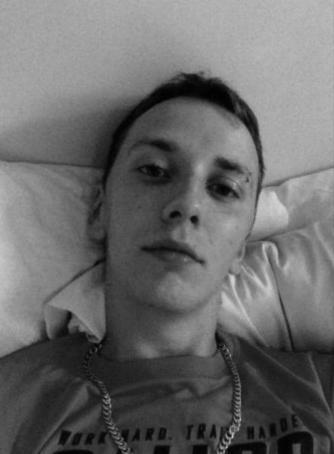 Lukas, 22, Spain