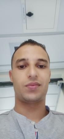Anwer, 25, Tunisia