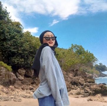 Uul, 21, Indonesia