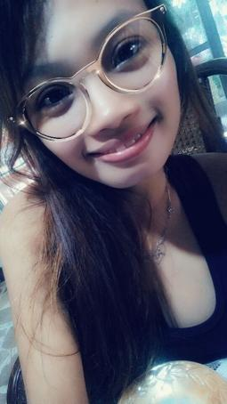 Rosemarie Nazareno, 19, Philippines