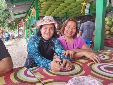 Nenet, 55, Philippines
