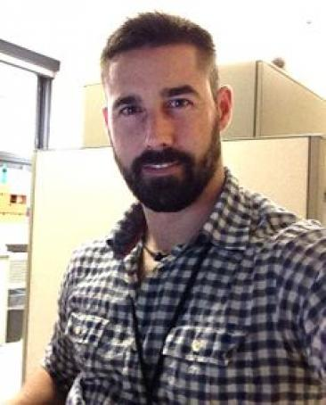 James, 33, United States