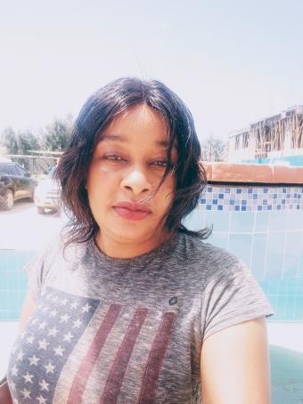 Lyns, 32, Kenya