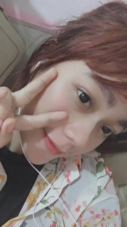 Lala Noura, 22, Indonesia