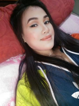 Anne Marie Ferrari, 30, Philippines