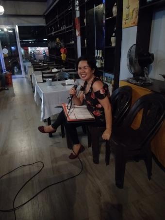 Rossine, 38, Philippines