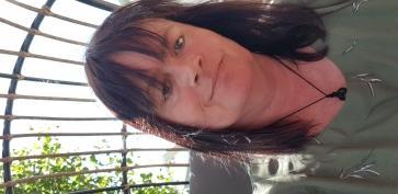 Diamond, 51, New Zealand