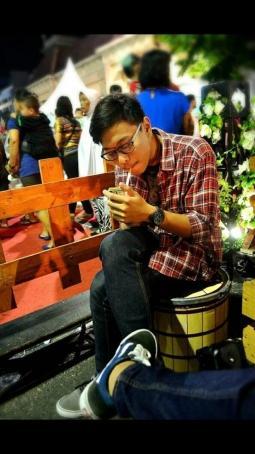 Andrew, 24, Indonesia