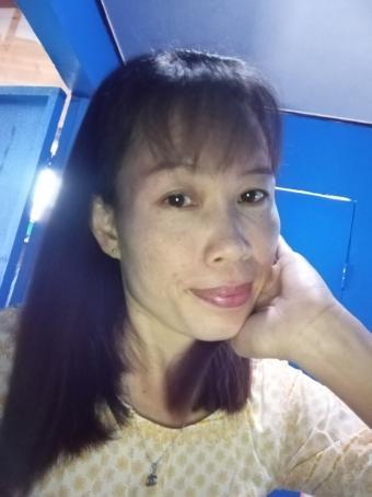 Cris, 40, Philippines