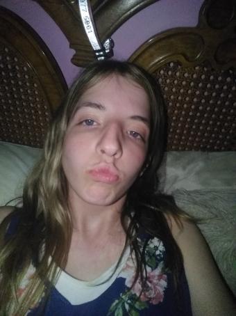 Gigi Gigi, 18, United States