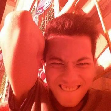 Enchong, 23, Philippines